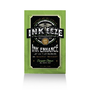 Ink-Eeze INK ENHANCE DAILY MOISTURE LOTION SPF15 - CUCUMBER COCONUT - 5ML PACKET – цена, описание и отзывы — фото